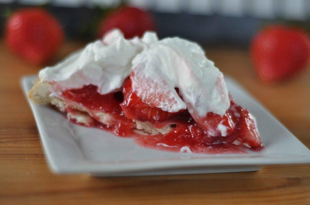 fresh strawberry glazed pie