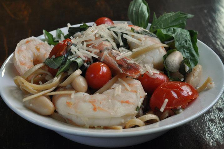 Tuscan Shrimp with Ragoût de Haricots Blancs et des Tomates